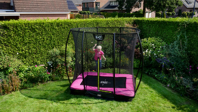 Een inground of groundlevel trampoline?